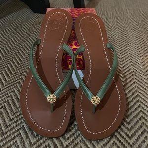 NIB AUTHENTIC Tory Burch Terra Thong Sandals